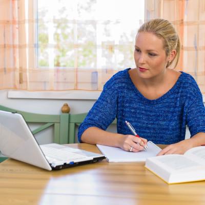 Programme de professionnalisation : modification du calendrier et des modalités