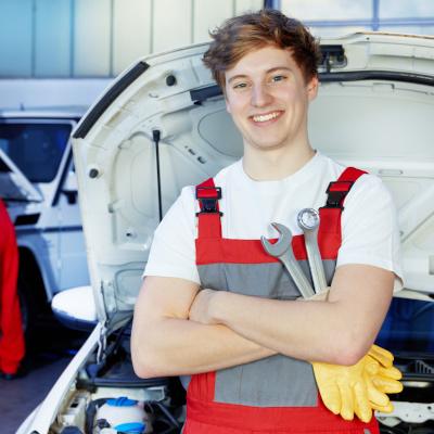 Prospectives de l'emploi et de la formation dans les services automobiles à l'horizon 2030