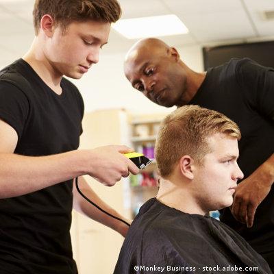 Création d'un bac pro Métiers de la coiffure