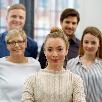Convention entre l'Éducation nationale et le Medef pour rapprocher les jeunes de l'entreprise