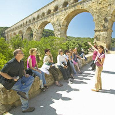 Rechercher un emploi, découvrir des métiers et des parcours professionnels dans le secteur du tourisme