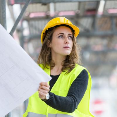 Métiers cadres de l'industrie et de la construction : les 30 compétences clés mobilisées